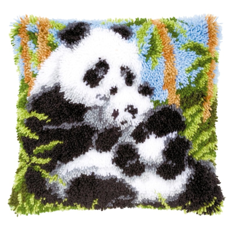Panda Cushion -  Latch Hook Cushion Kit
