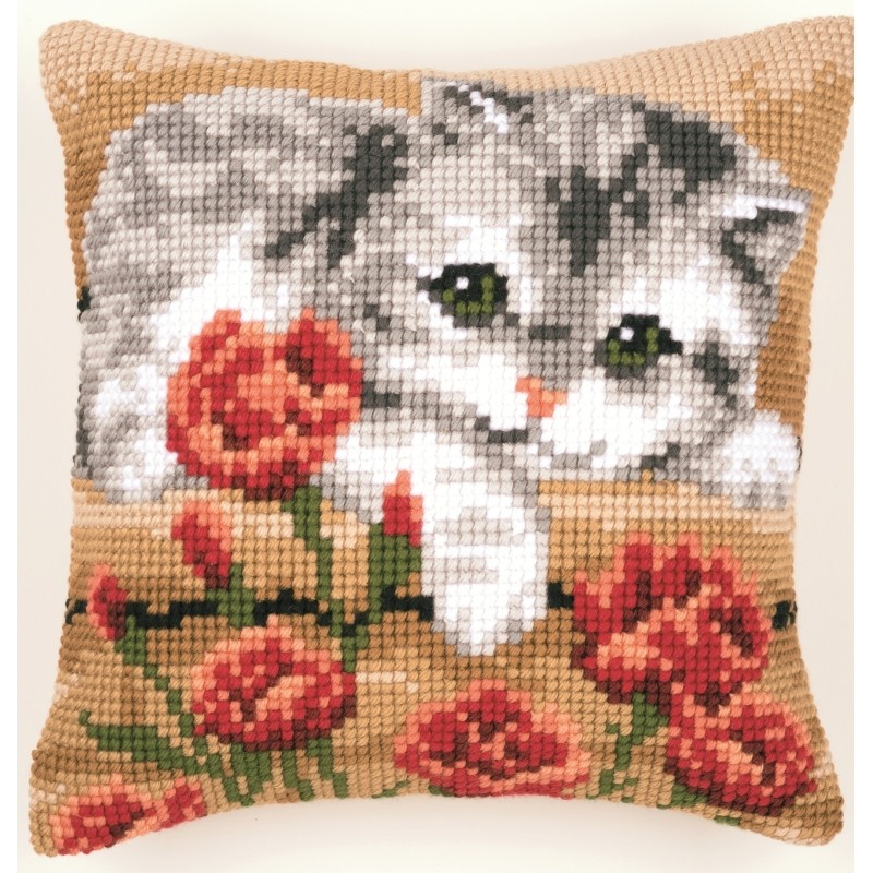 Vervaco Kitten and Roses Cushion Cross Stitch
