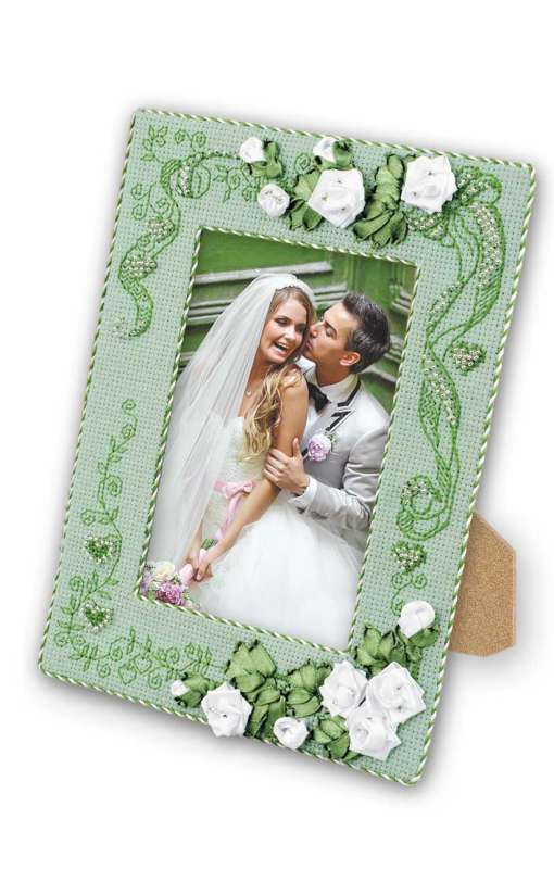 RIOLIS With Love Photo Frame Wedding Sampler Cross Stitch Kit
