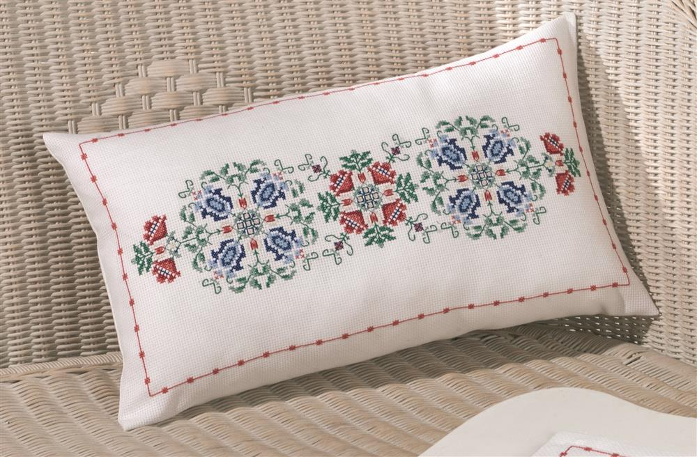 Permin Timeless Pillow Cross Stitch Kit