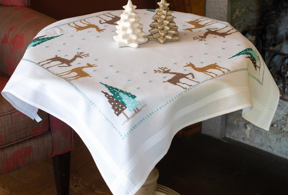 Vervaco Norwegian Reindeer Tablecloth Cross Stitch Kit