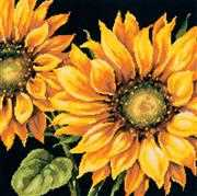 Dimensions Dramatic Sunflower Floral Tapestry Kit