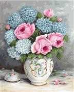 Luca-S Roses and Hydrangeas on Aida Floral Cross Stitch Kit