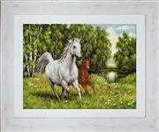 Luca-S In the Wild - Petit Point Tapestry Kit