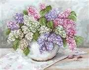 Luca-S Lilacs - Petit Point Floral Tapestry Kit