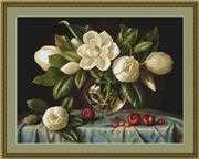 Luca-S Magnolia - Petit Point Floral Tapestry Kit