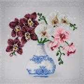 VDV Floral Sketch Orchids Embroidery Kit