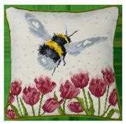 Bothy Threads Flight of the Bumble Bee Tapestry Tapestry Kit