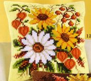 Daisy and Berries - Vervaco Cross Stitch Kit