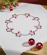 Santa Circlet Tablecloth - Permin Embroidery Kit