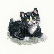 Heritage Black and White Kitten - Evenweave Cross Stitch Kit
