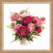 RIOLIS Peonies in Vase Cross Stitch Kit