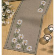 Daisy Runner - Permin Cross Stitch Kit
