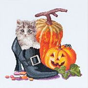 Halloween Kitten - Thea Gouverneur Cross Stitch Kit
