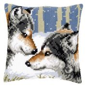 Wolves Cushion - Vervaco Cross Stitch Kit