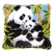 Panda Cushion - Vervaco Latch Hook Kit
