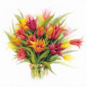 RIOLIS Tulips in a Vase Cross Stitch Kit