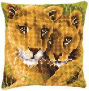 Lion and Cub Cushion - Vervaco Cross Stitch Kit