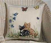 Kittens Cushion - Permin Cross Stitch Kit