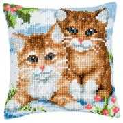 Winter Kittens Cushion - Vervaco Cross Stitch Kit