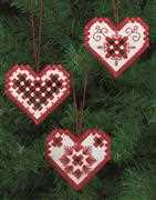 Red Heart Tree Decorations - Permin Embroidery Kit