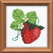 RIOLIS Garden Strawberry Cross Stitch Kit