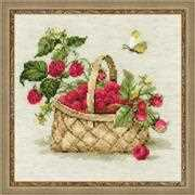 RIOLIS Basket with Raspberries Cross Stitch Kit