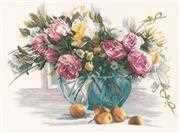 Lanarte Flowers on Linen Cross Stitch Kit