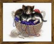 RIOLIS Kittens in a Basket Cross Stitch