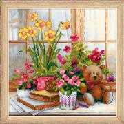 RIOLIS Teddy on the Windowsill Cross Stitch Kit