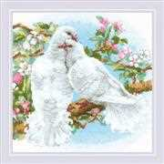 RIOLIS White Doves Cross Stitch Kit