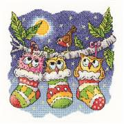 Heritage Christmas Hoot- Aida Cross Stitch Kit